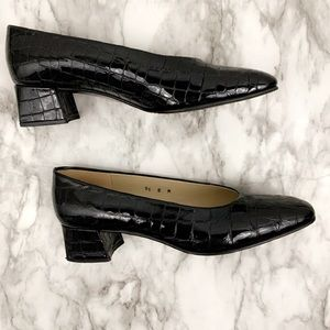 Etienne Aigner black leather chunky square shoe